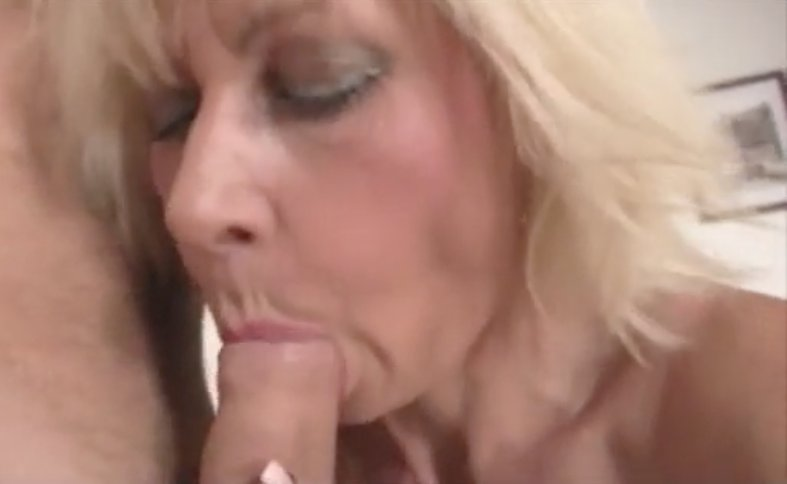 Wife cheats with lesbian xhamster
