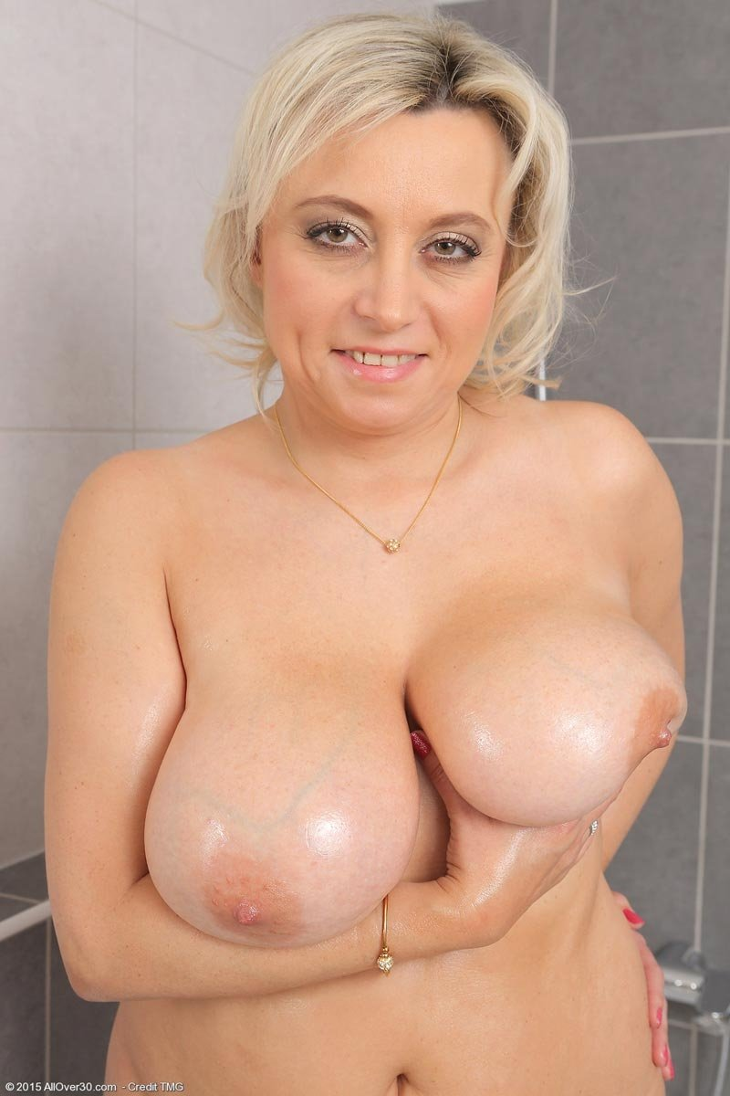 Akilar    reccomend mature ladies giving handjobs