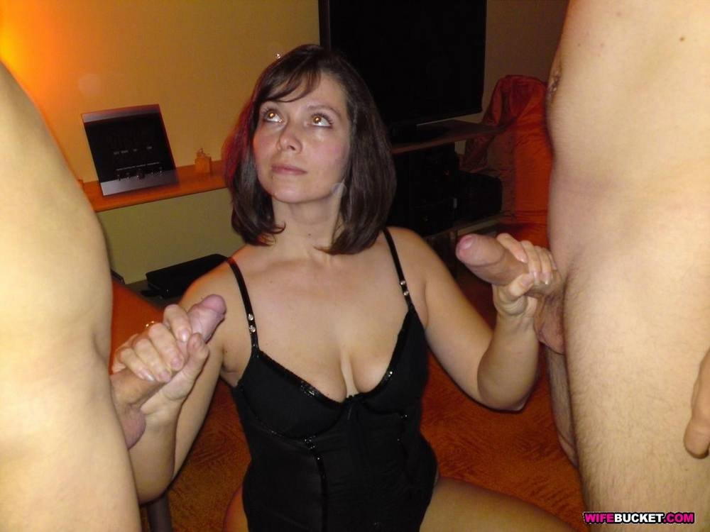 Teen amateur hard nipples