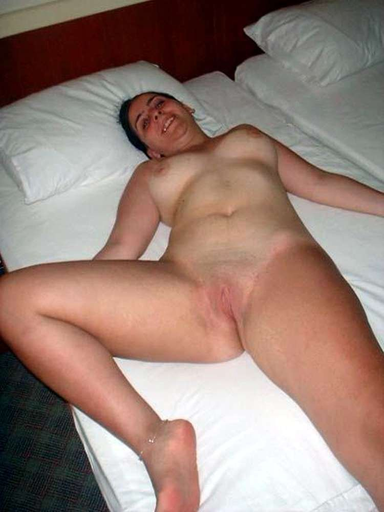 Amateur slut woman cuckold