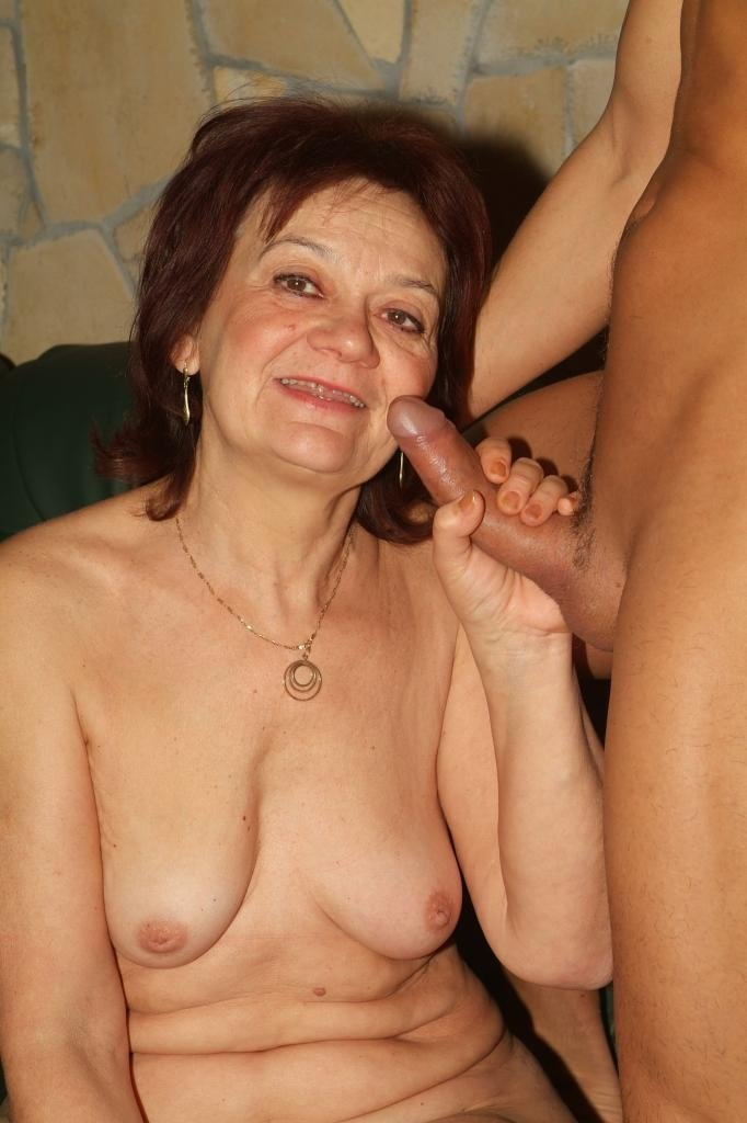 Hairy granny cuckold Therapi sex family