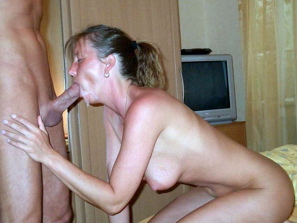 Tucage    reccomend milf young lesbian video