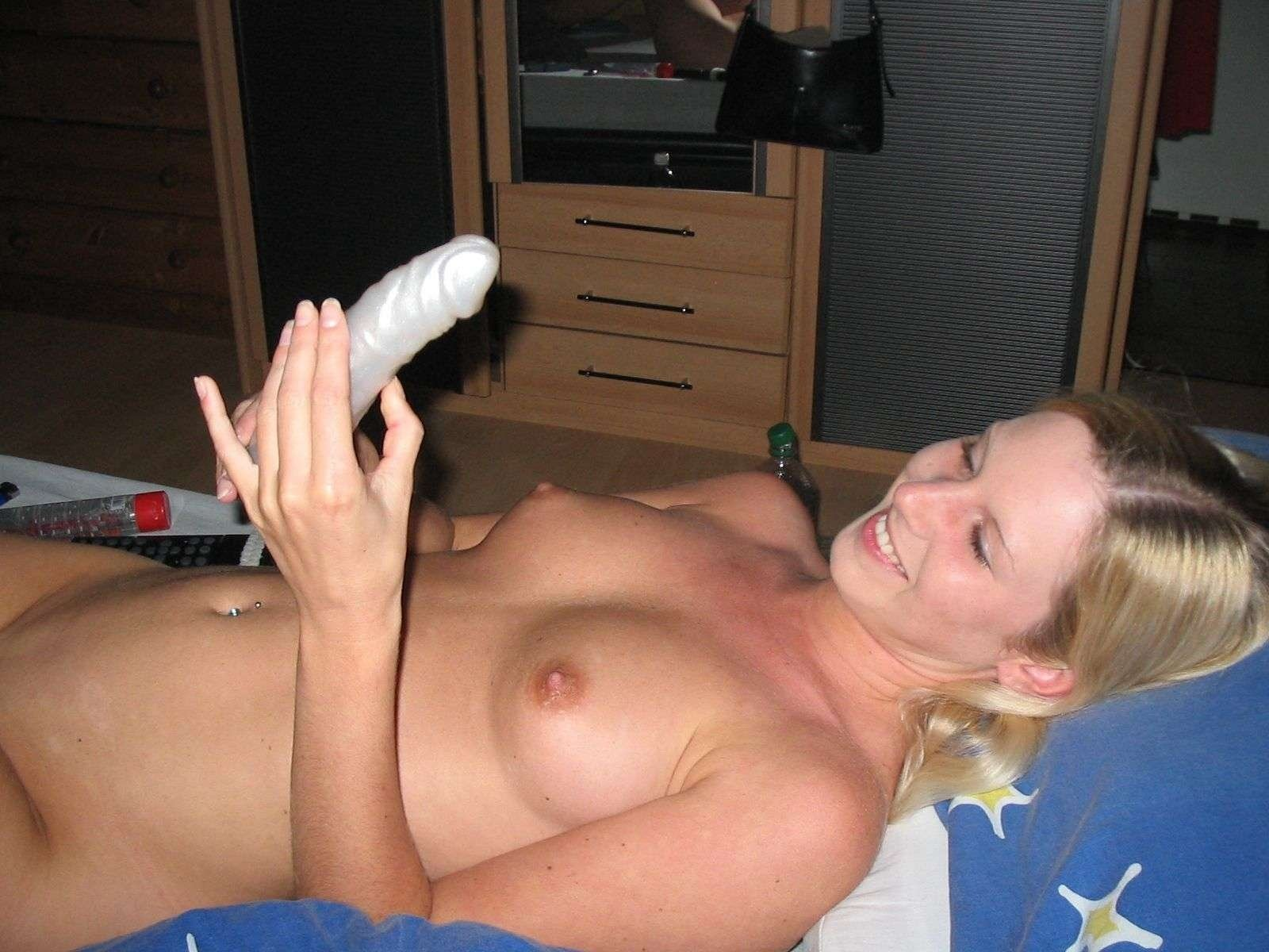 submitted nude wife pictures