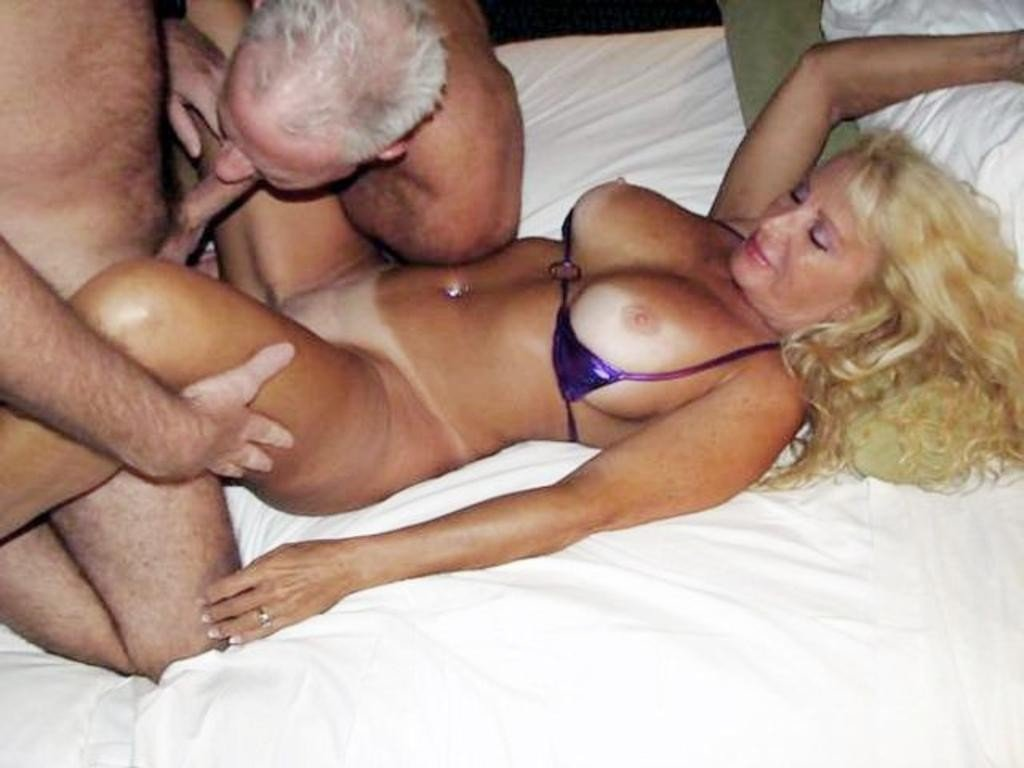 House wife and father huge white dildo