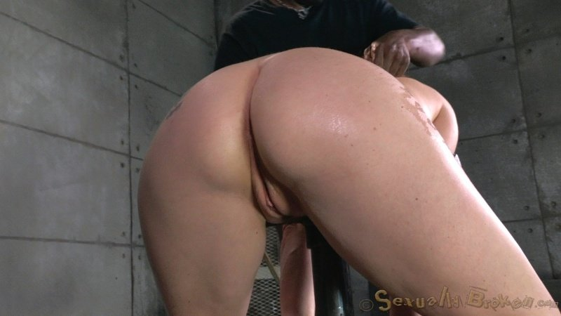 Vient sur moi Rubbing that wet pussy sucking dick ebony homemade