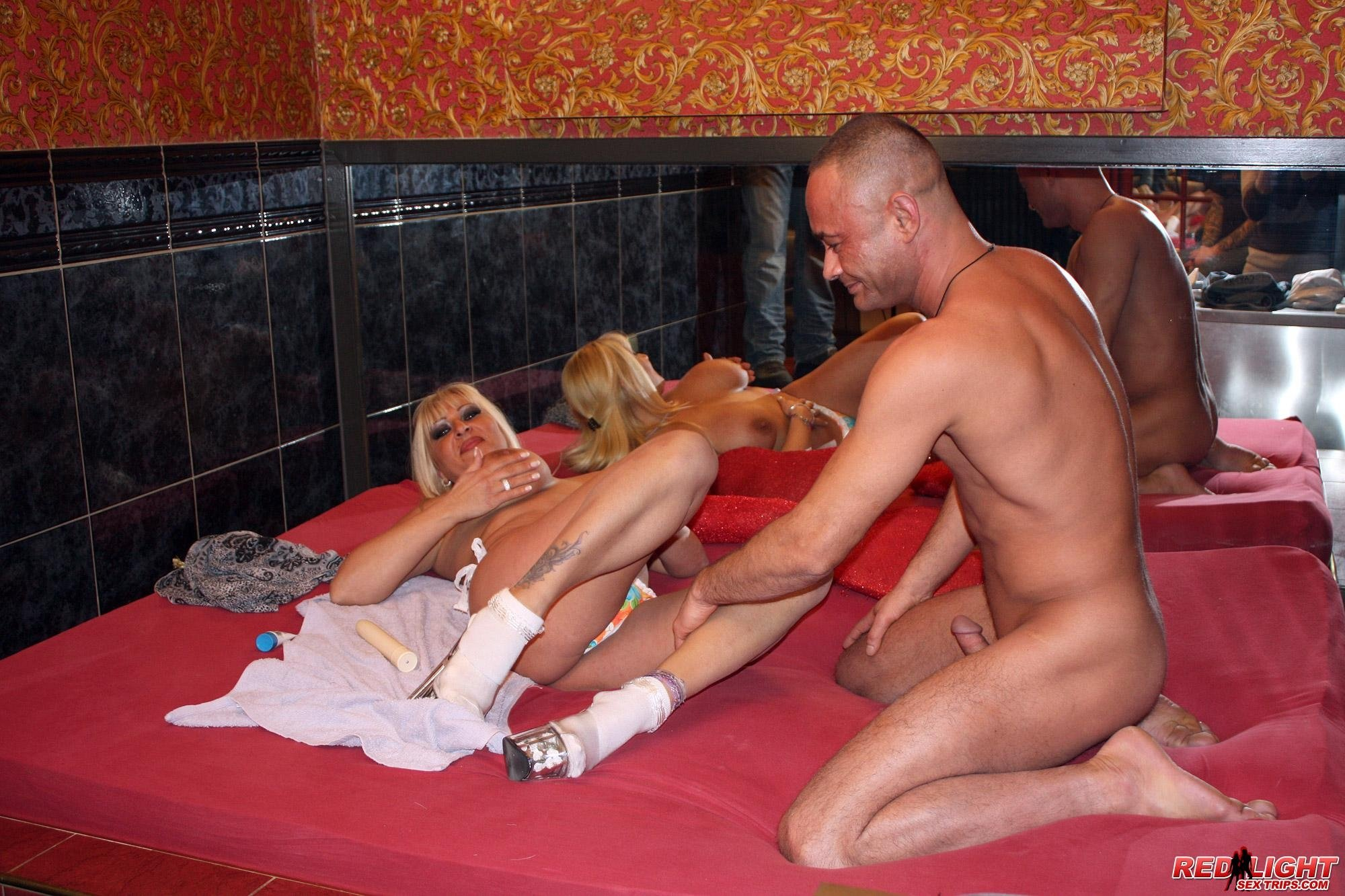 girl-having-amsterdam-sex-with-virgins