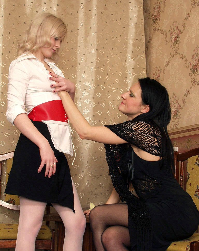 Family stip sexy cosplay lesbians