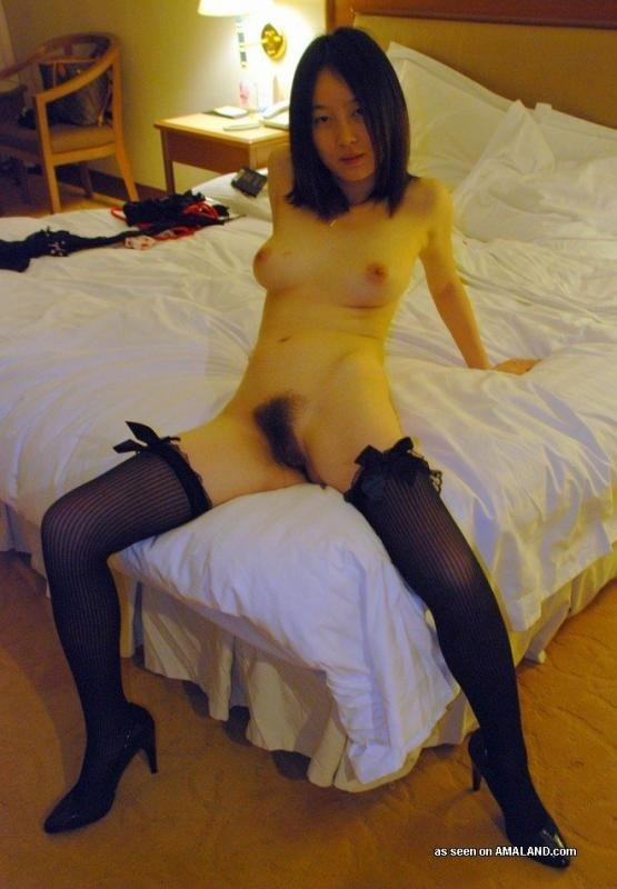 Old horny granny pics Horny housewife seeks cock