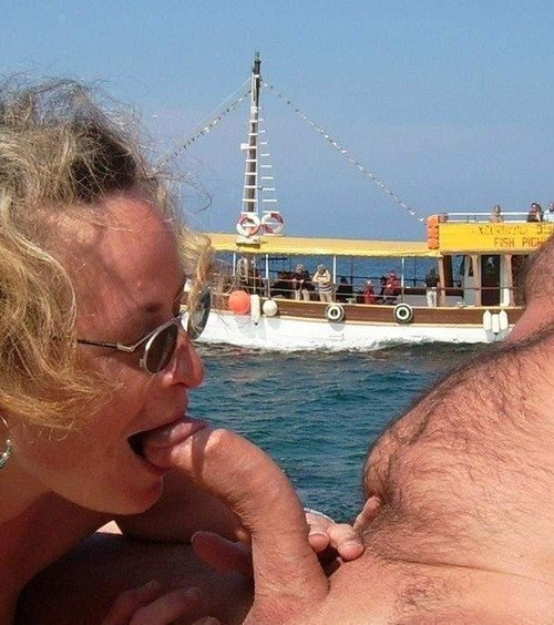 Amautuer hubby surprises wife with bbc