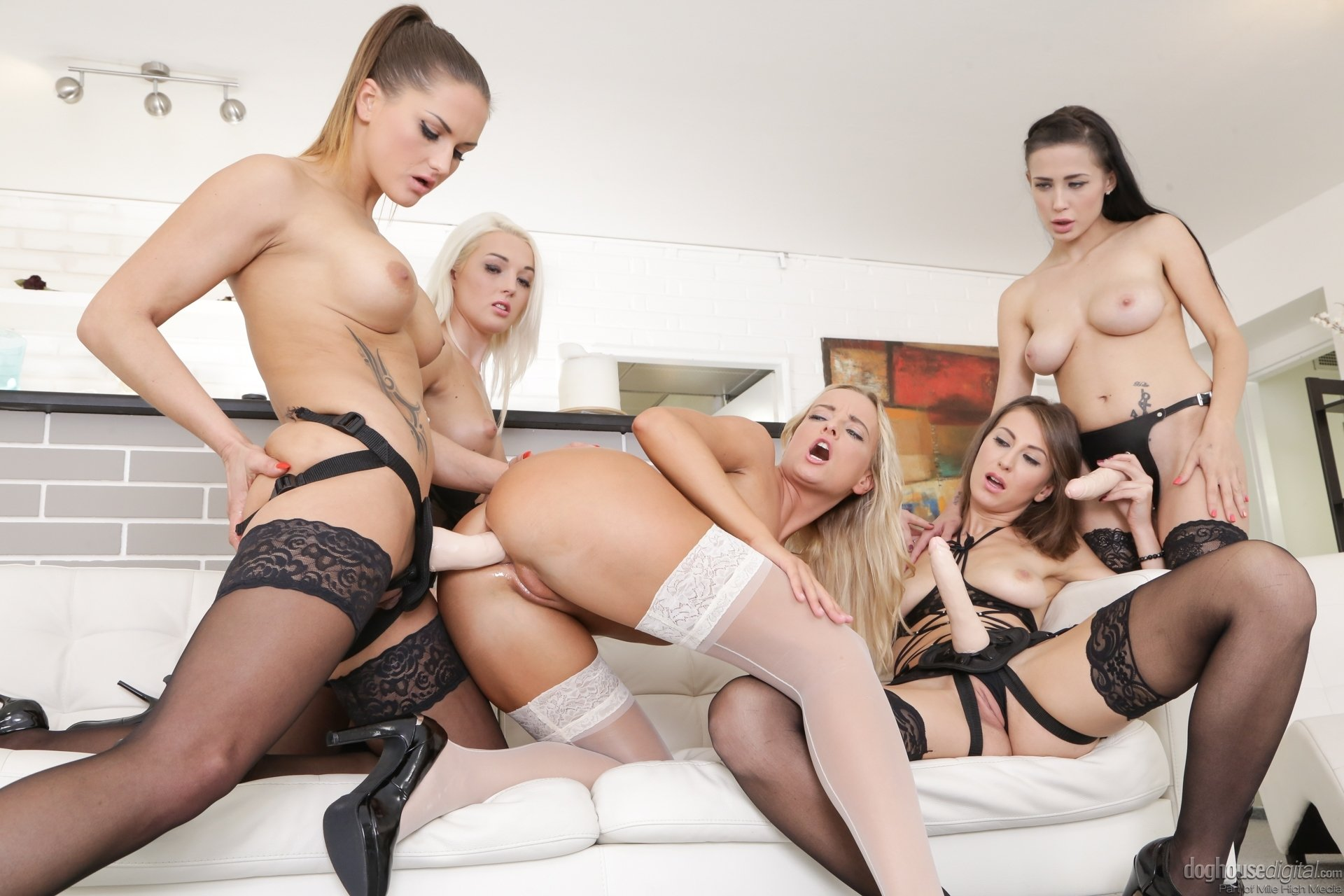 Free hd big boobs porn Oral loving for lesbians in boot camp