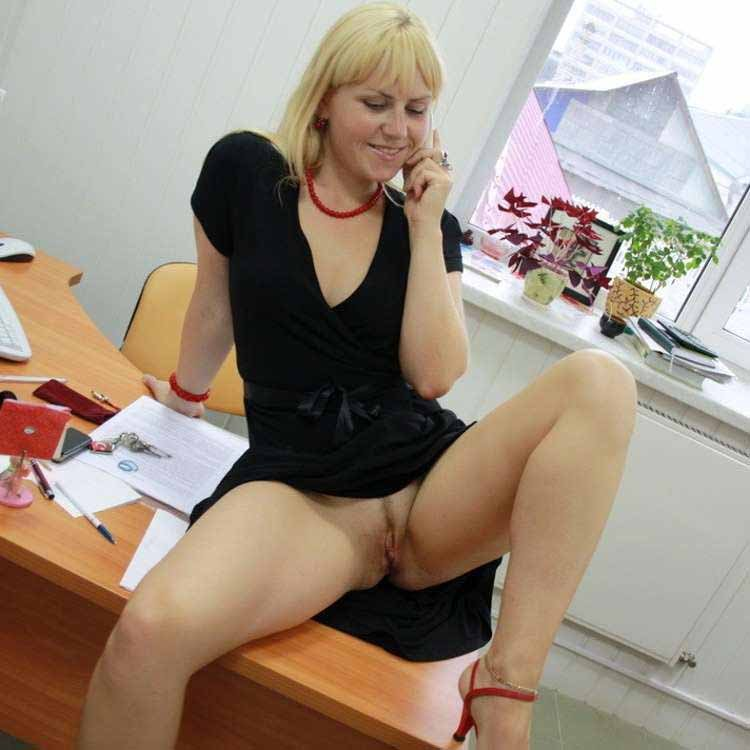 stepmom in kitchen xnxx
