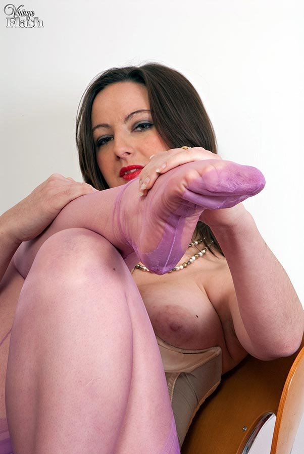 pantyhose fetish live