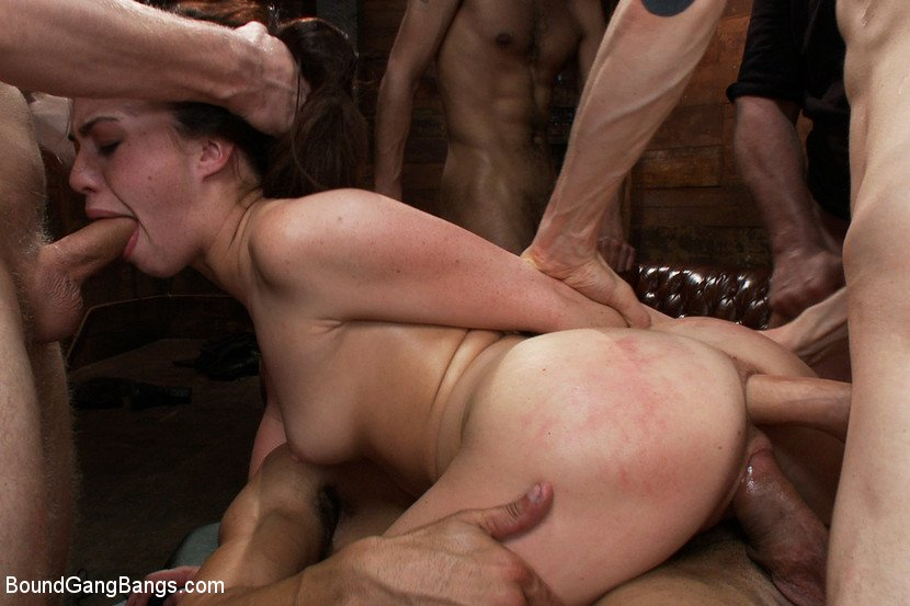 Cute Asian gets Plowed by Mandingo, Free Porn: xHamster submissive - abuserporn.com there