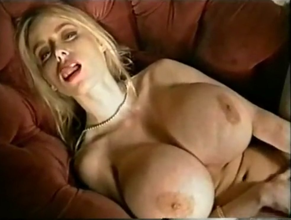oral amateur amazing hot threesome
