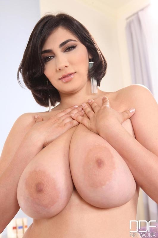 Free adult cam to heavy desi boobs