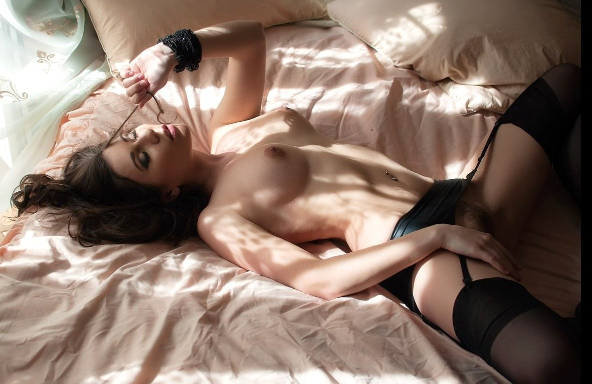 Young girl has session with horny lesbian 8