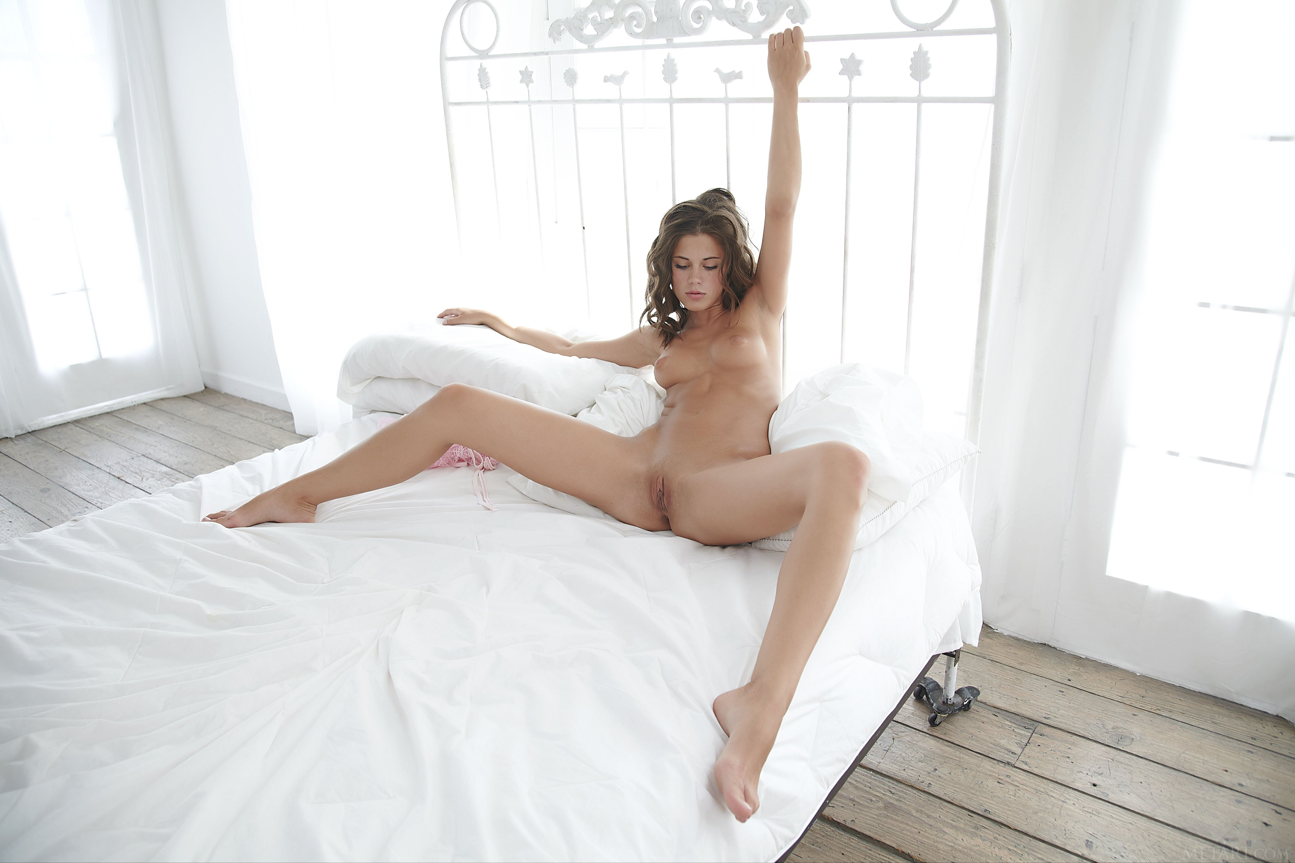 Her first sybian ride #1