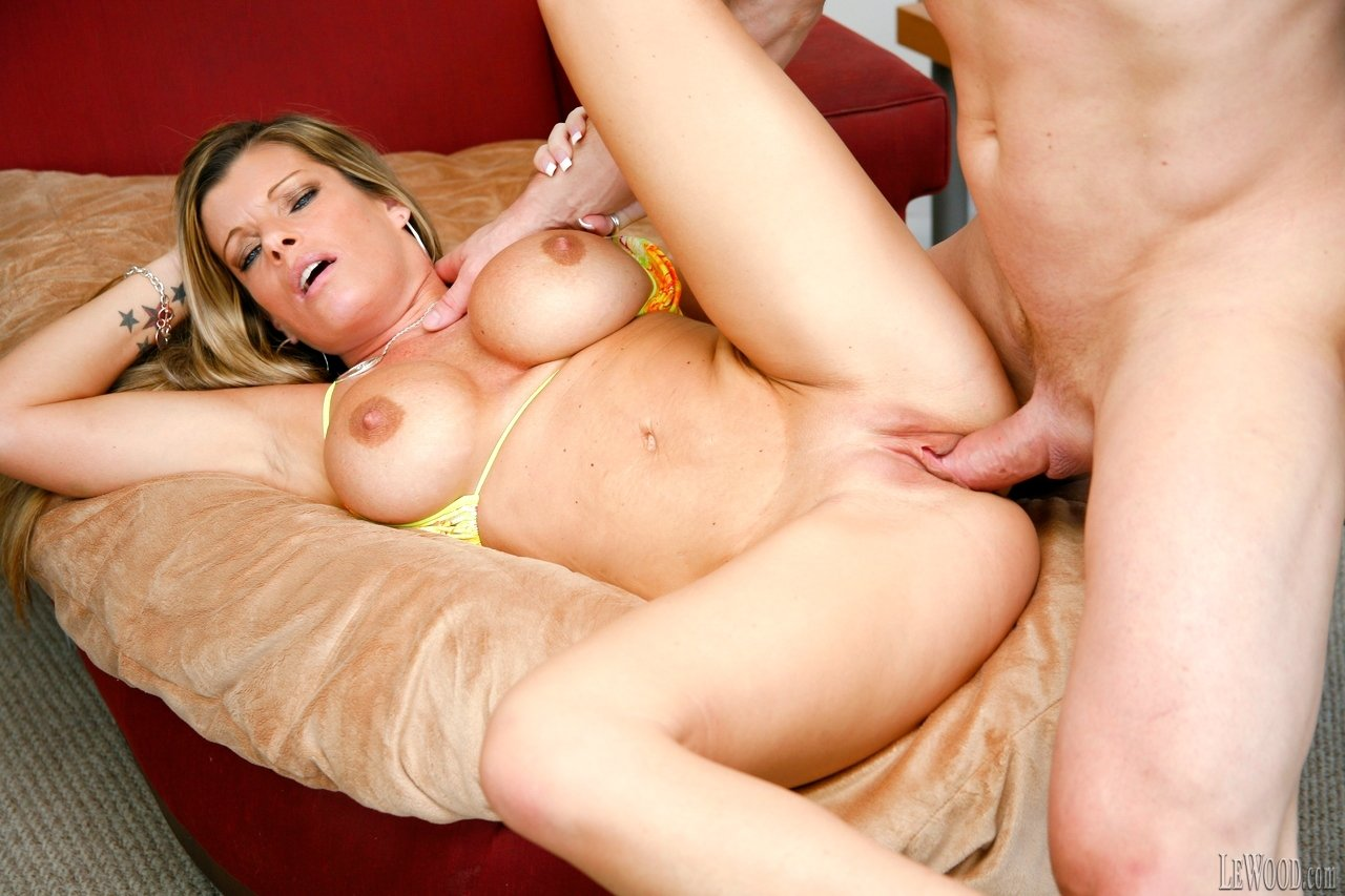 Amature sex free thumbs hot sexy milf anal