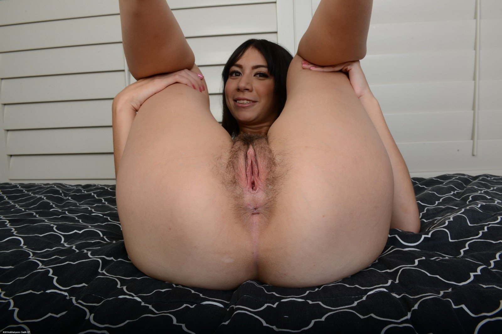 Wife finbering her pussy with husband