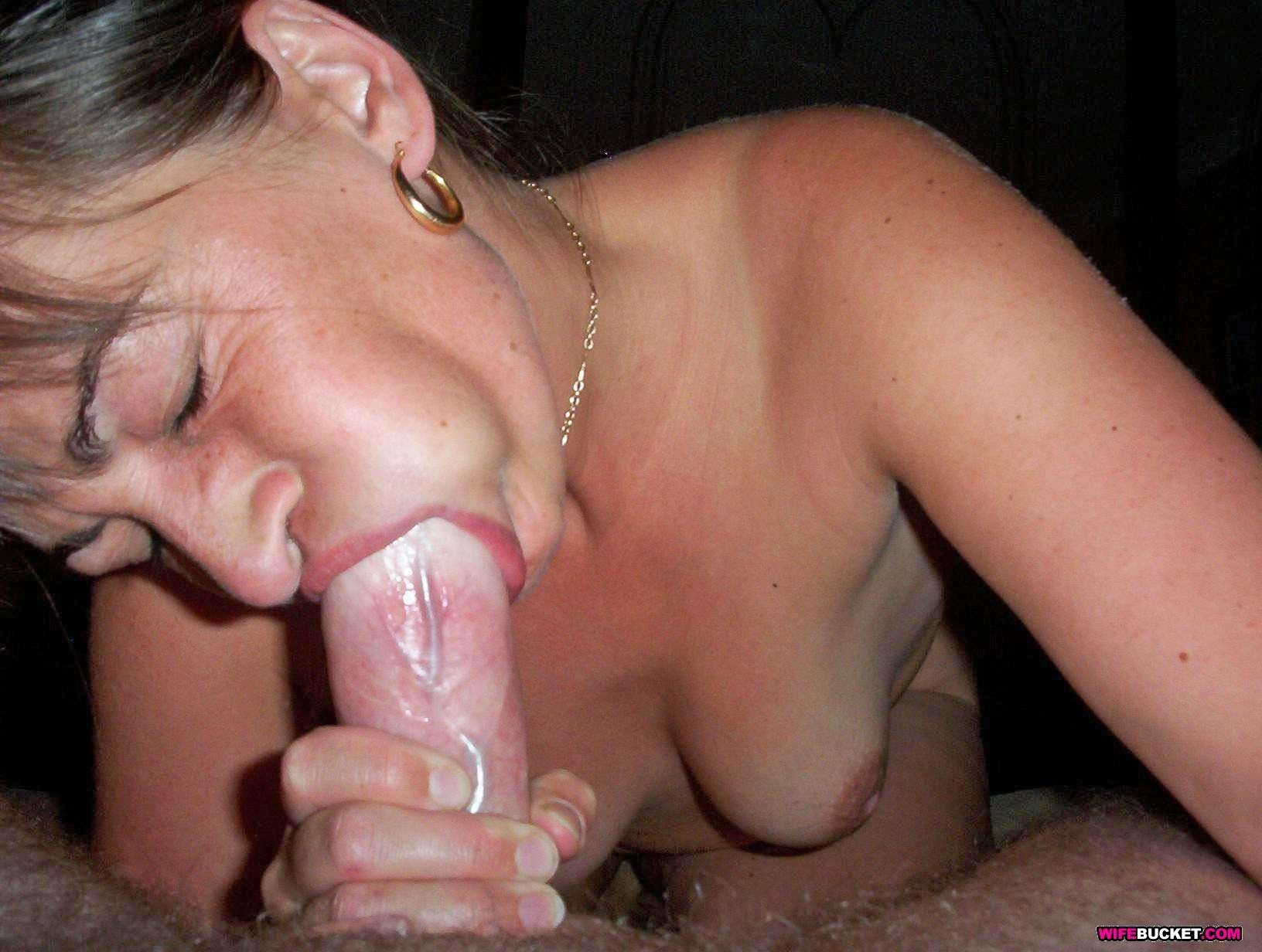 User-Submitted Sex Pics Of Real Milfs-7698