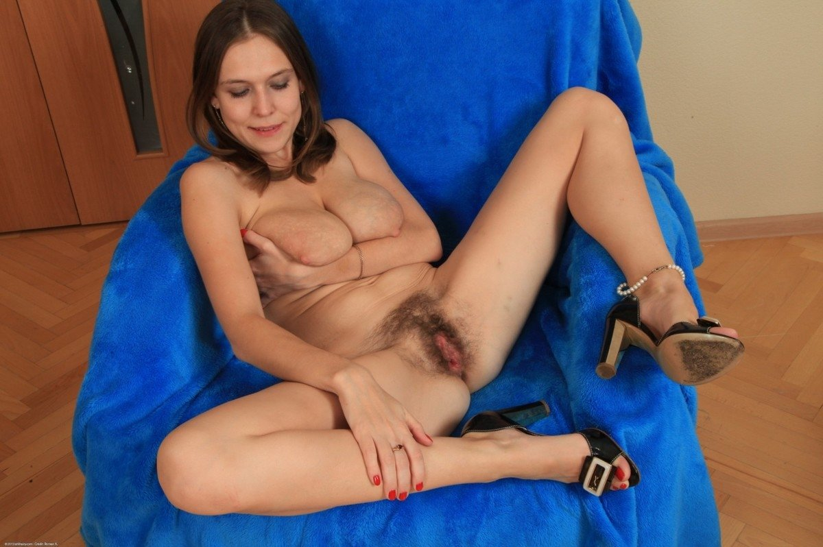 Painful crying anal amateur