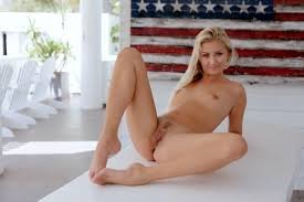 mompov hot all natural blonde milf there