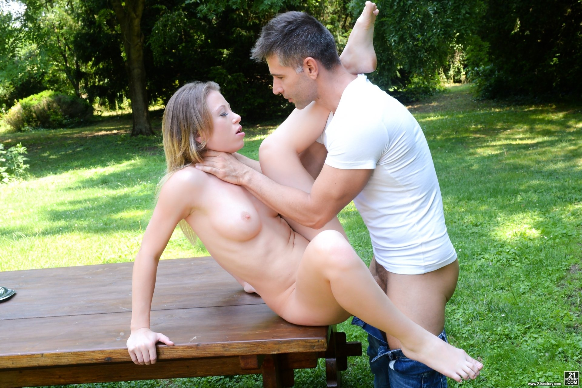 outdoor sex video free authoritative answer