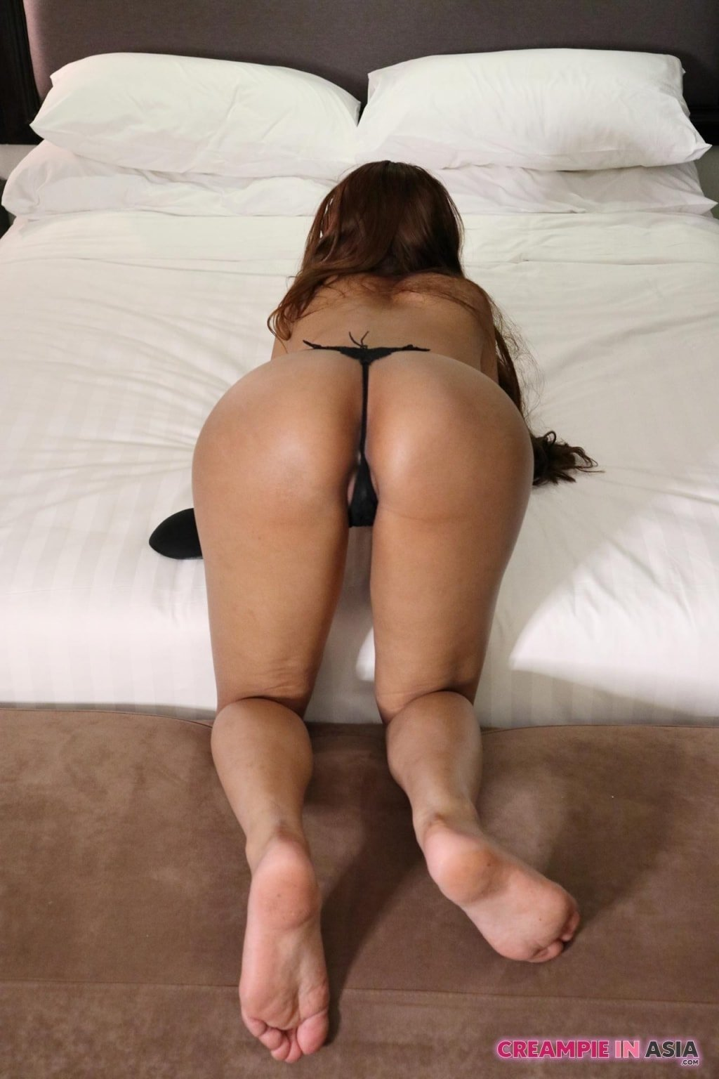 Wife agreed to strip at buddies bachelor party