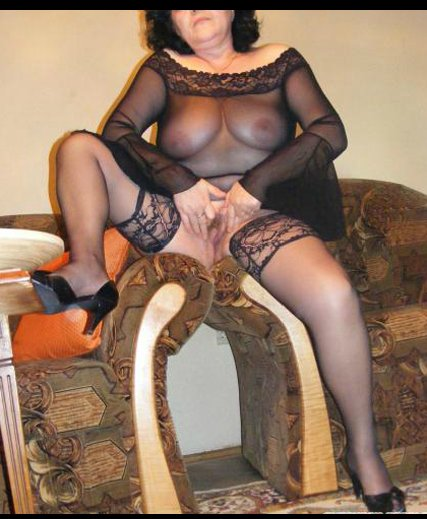 Sexxy mature women #1