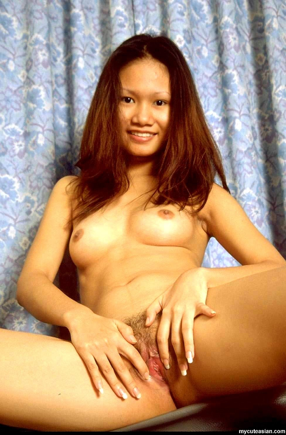 Milf natural tits tube #1