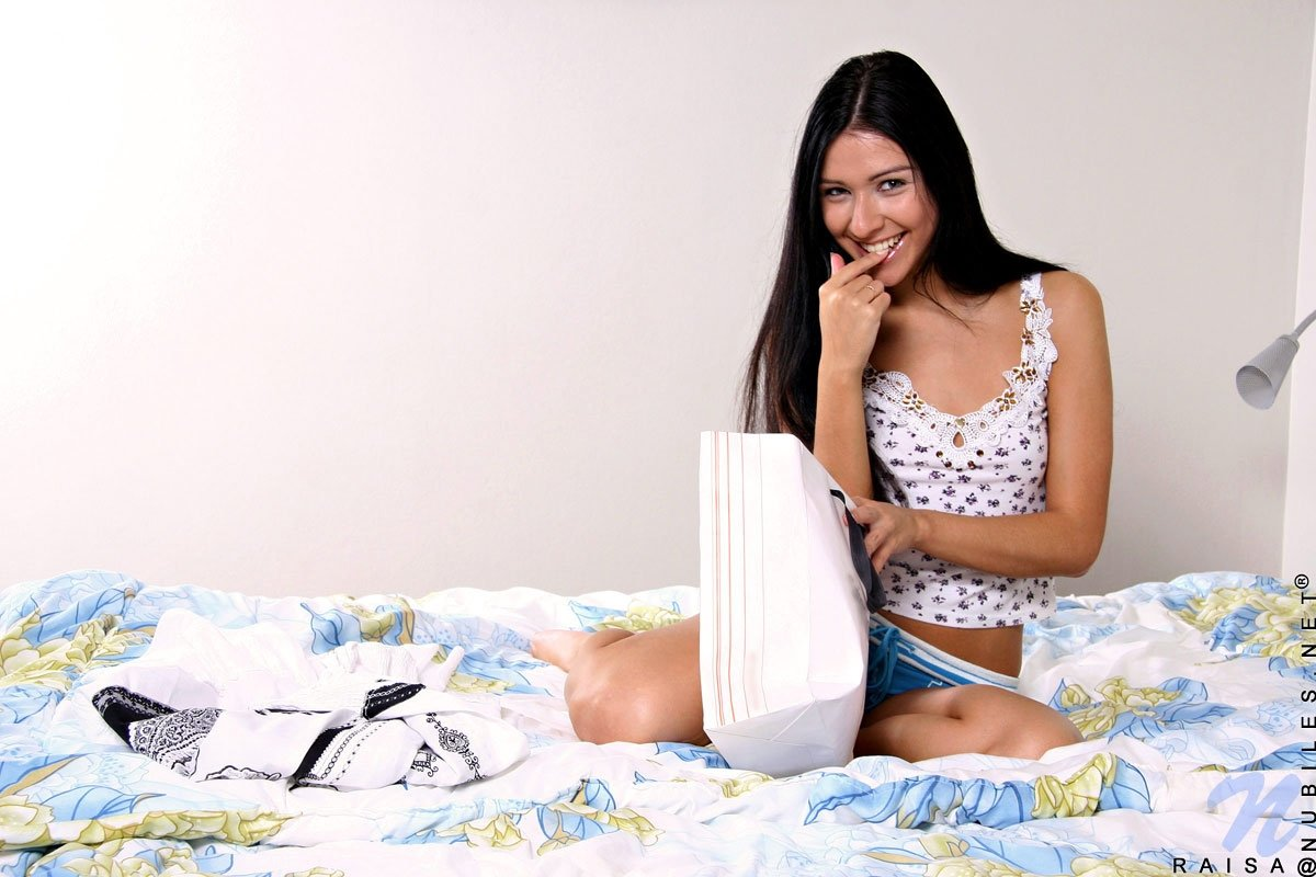 Masha with girl An introduction to cuckolding part 2