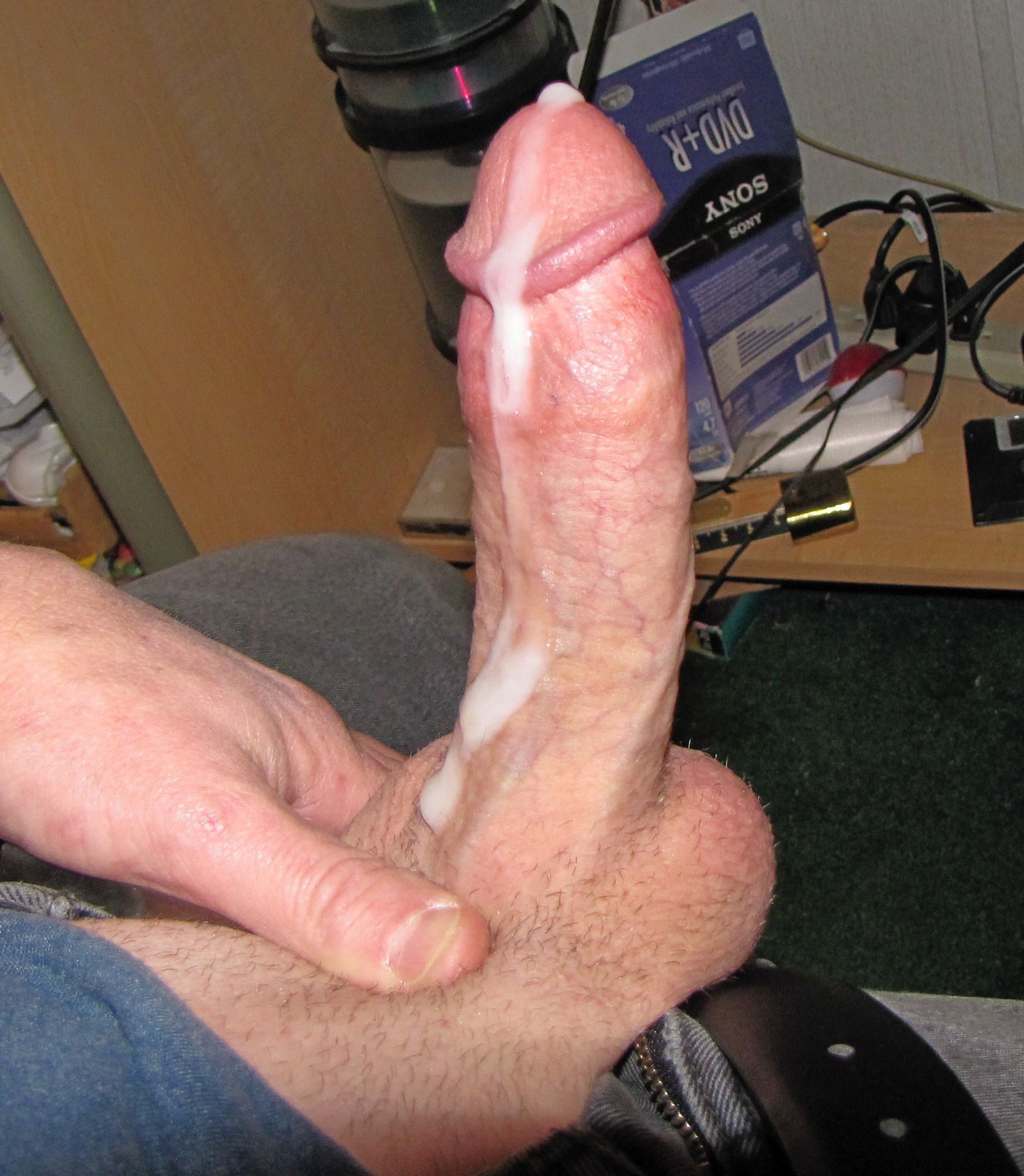 Thick cock cums