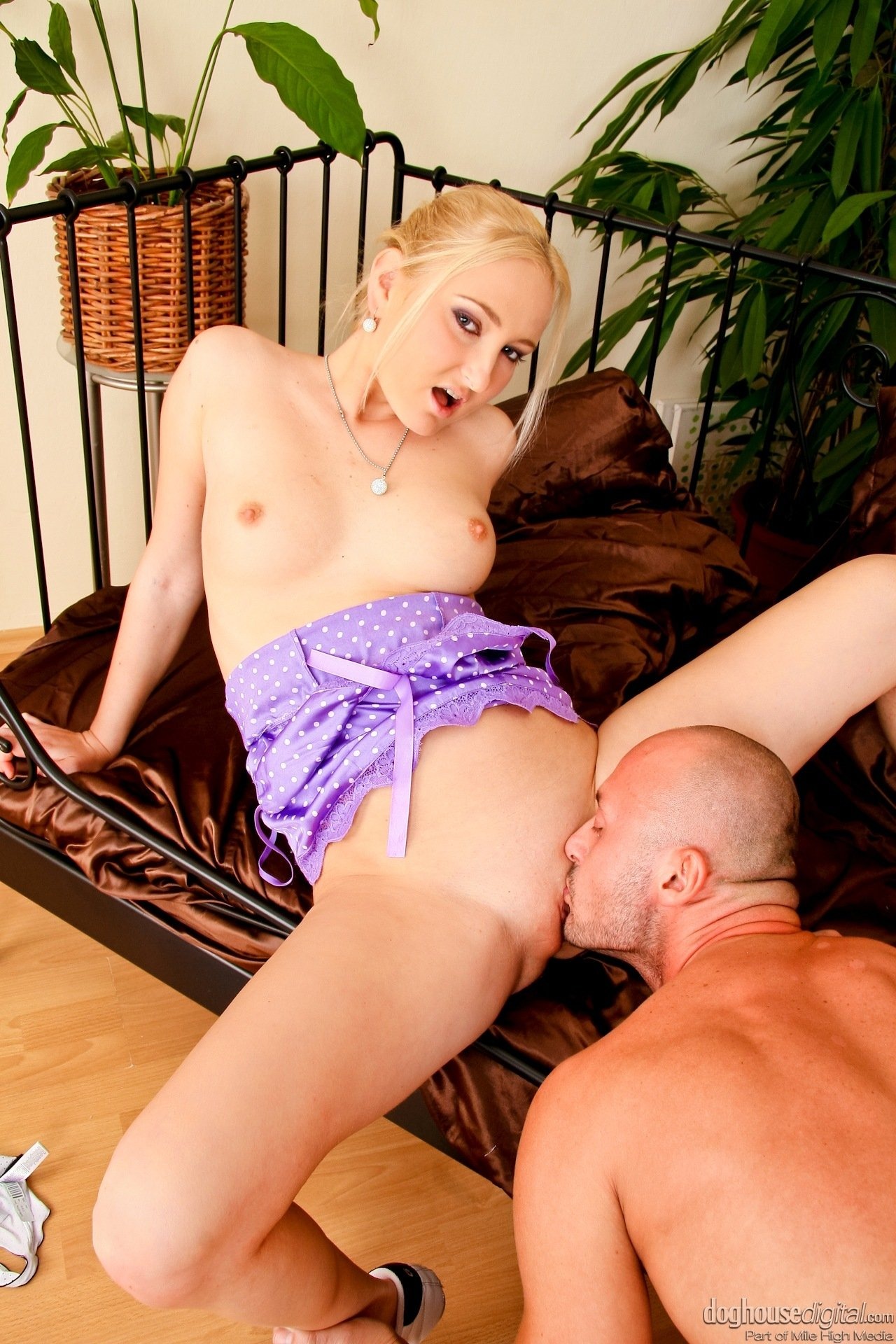 Vuramar    reccomended cheating wife gives head