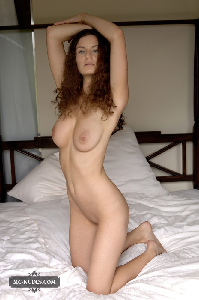 Nude brunette babe with big natural tits apologise, but