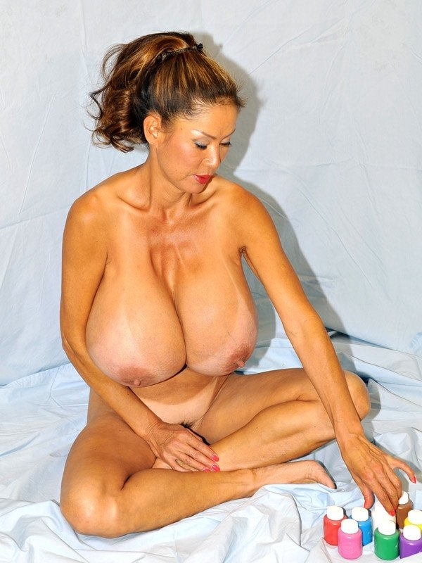 Musar    reccomend beautiful naked big breasts
