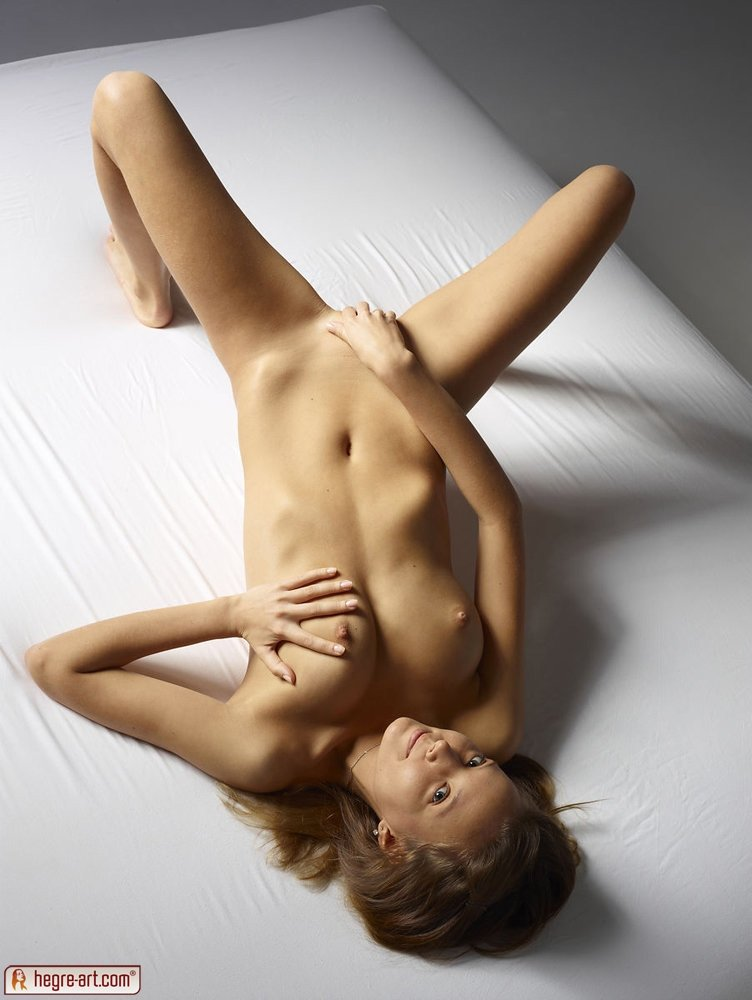 Iphone amateur video anya ivy oiled up
