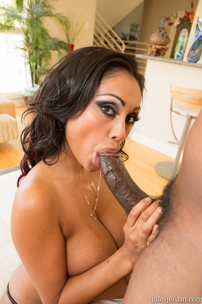mistress scat in slave mouth