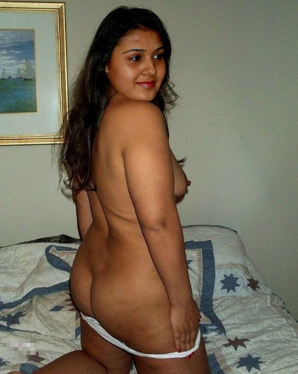 sexy-nude-indian-college-women-hot-girls-with-abs-and-boobs-topless