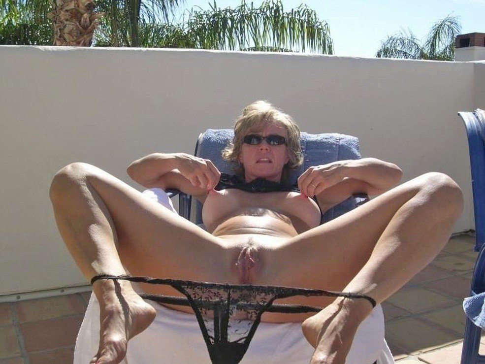 hd milf stockings there