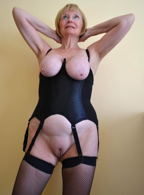 redhead mature naked