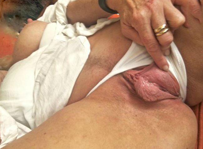 hot mature cam there