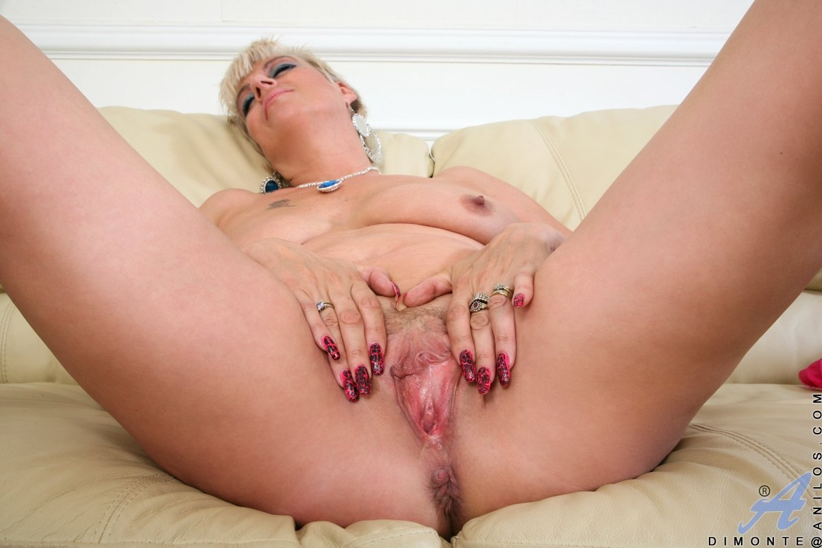 Young wife orgasm