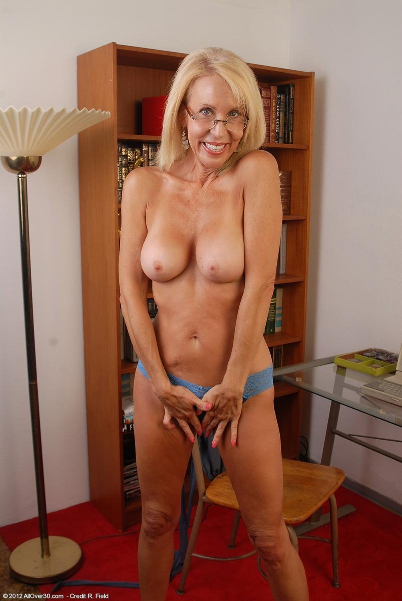 free mature skinny porn there