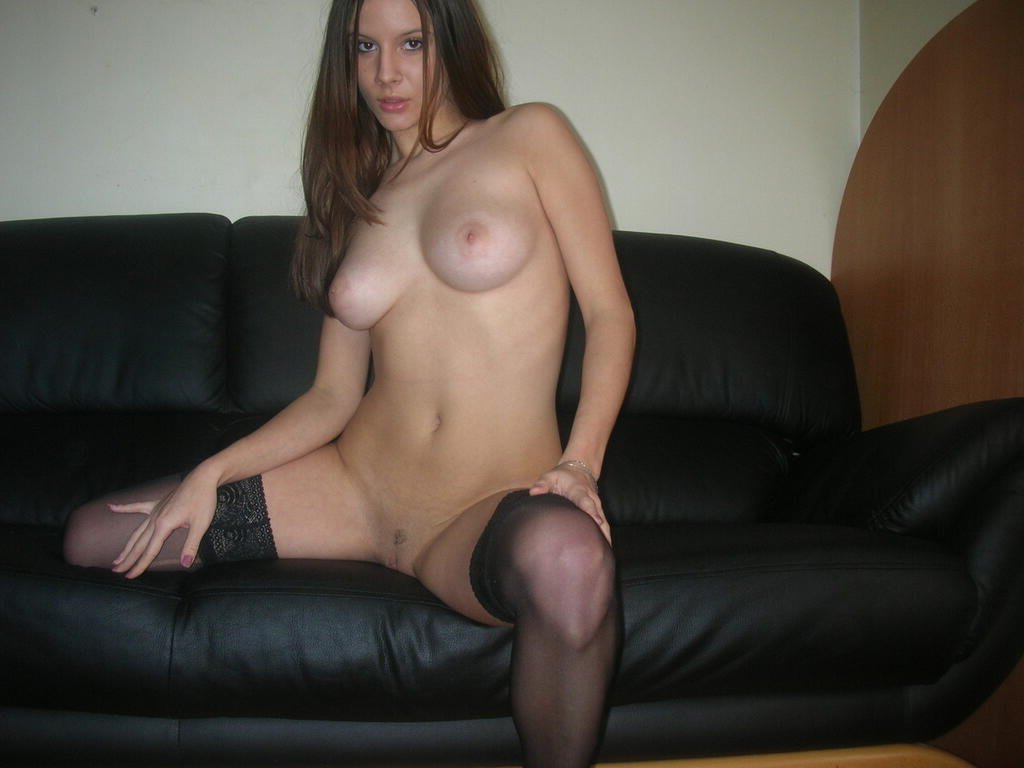 Me nude young girl webcam