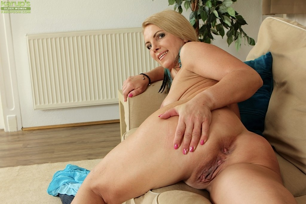 Horny mom homemade