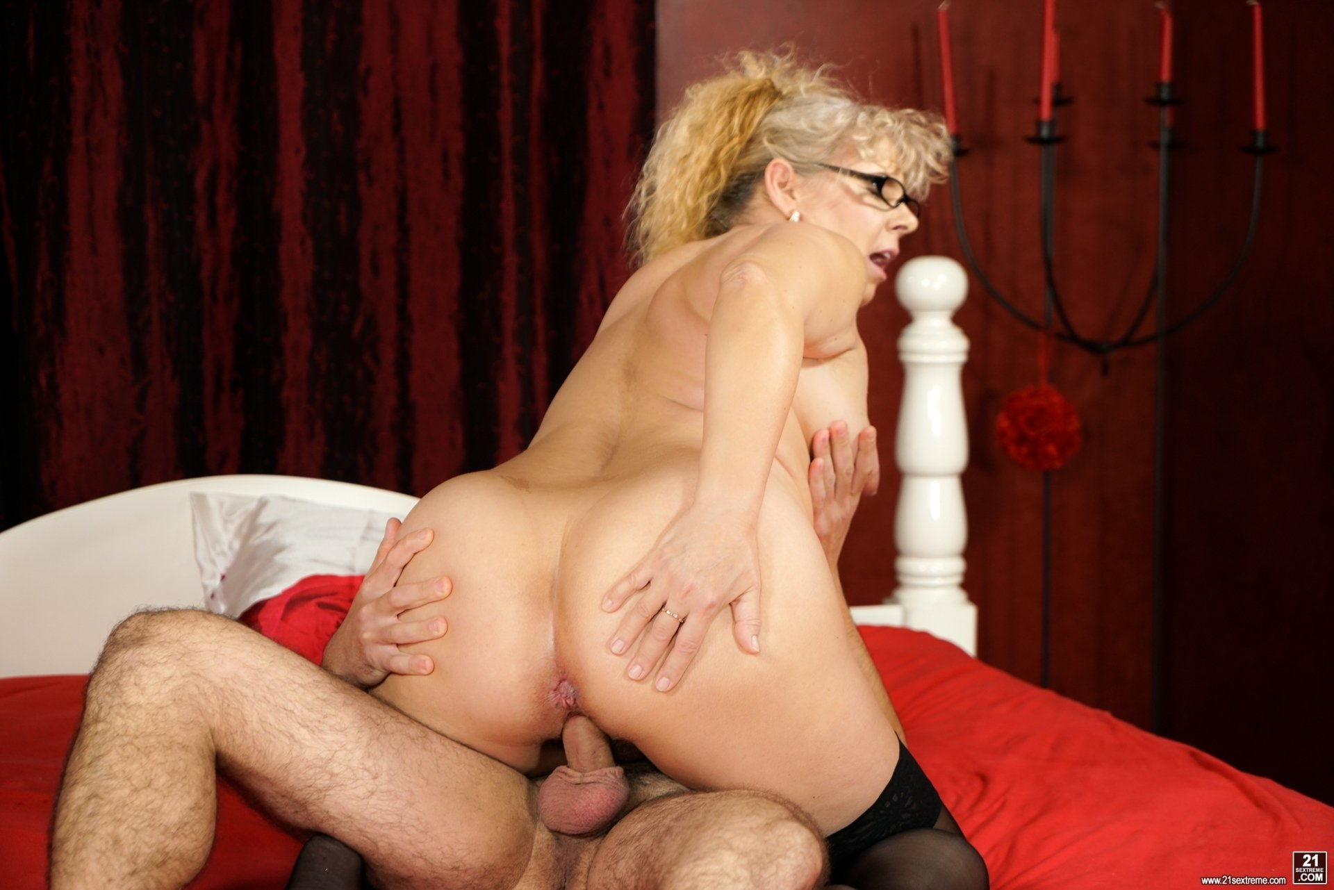 mature pawg doggystyle there