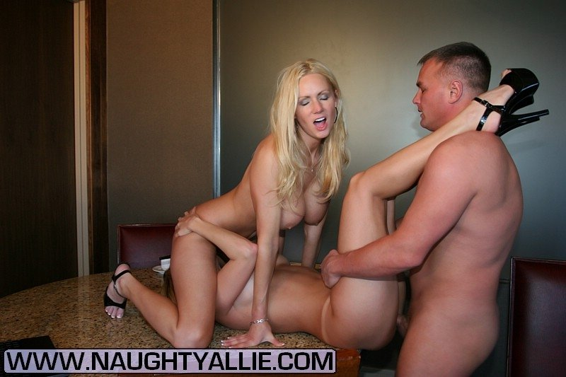 best of threesome wife amateur