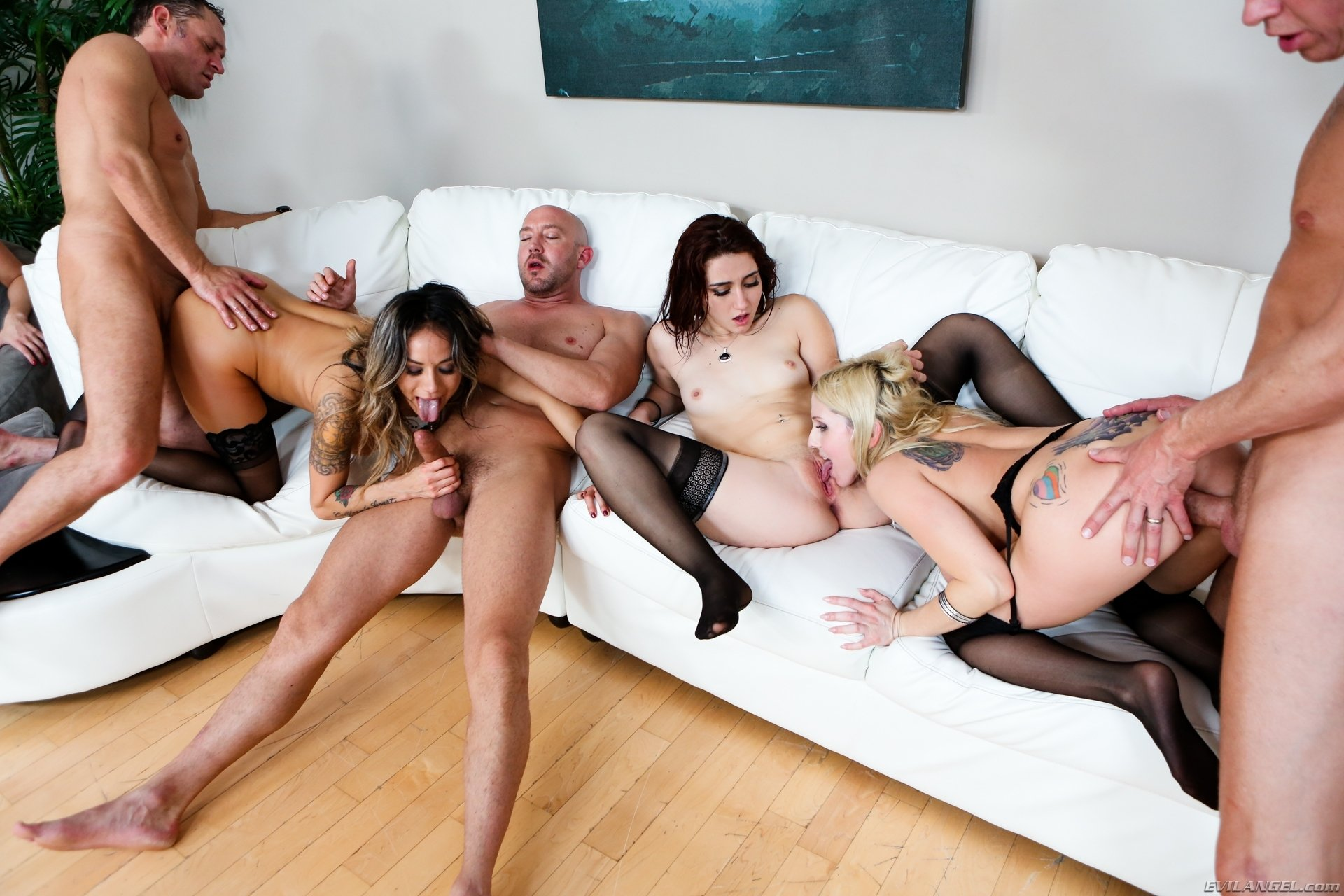 Wife wants husband to call his buddies over to fuvk