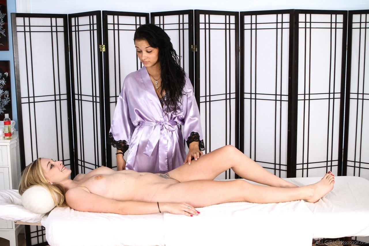 sybian lesbian porn there