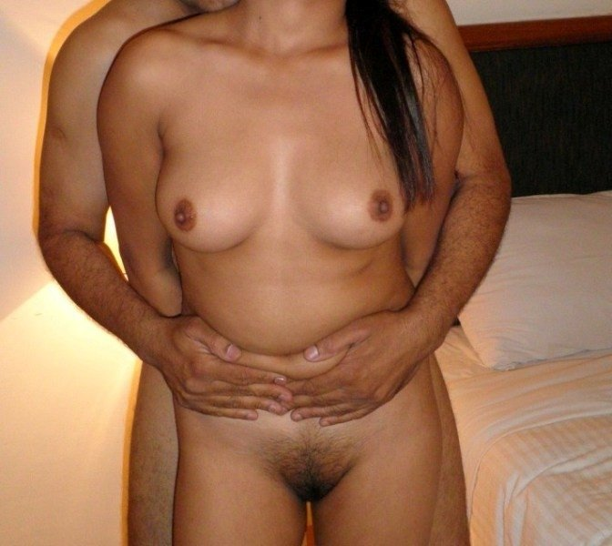 Homemademilfporn Husband groped